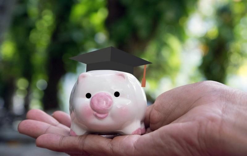 Få et hurtigt tilskud til økonomien – lån penge online